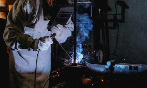 5 segmentos da indústria que utilizam as luvas de couro produzidas pela Procipa